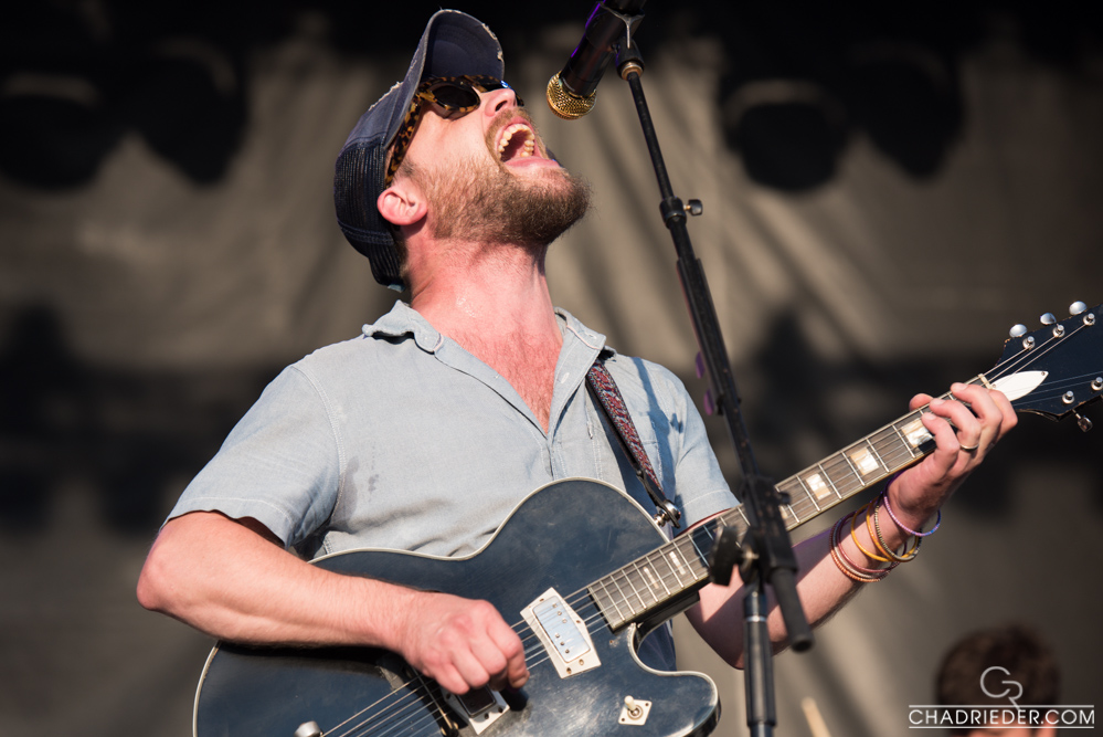 Toby Leaman guitar
