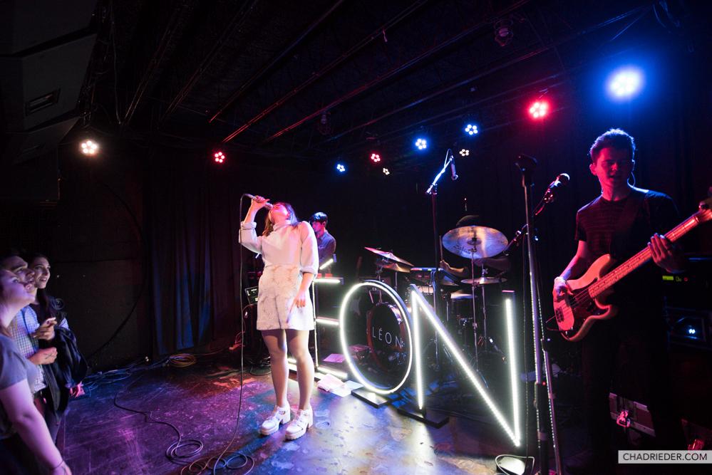 leon singer tour