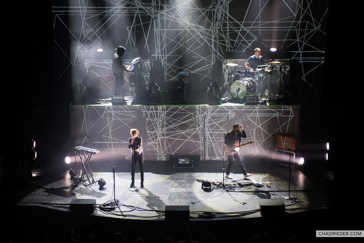 Phantogram Electrifies Sold Out Palace Theatre In St Paul