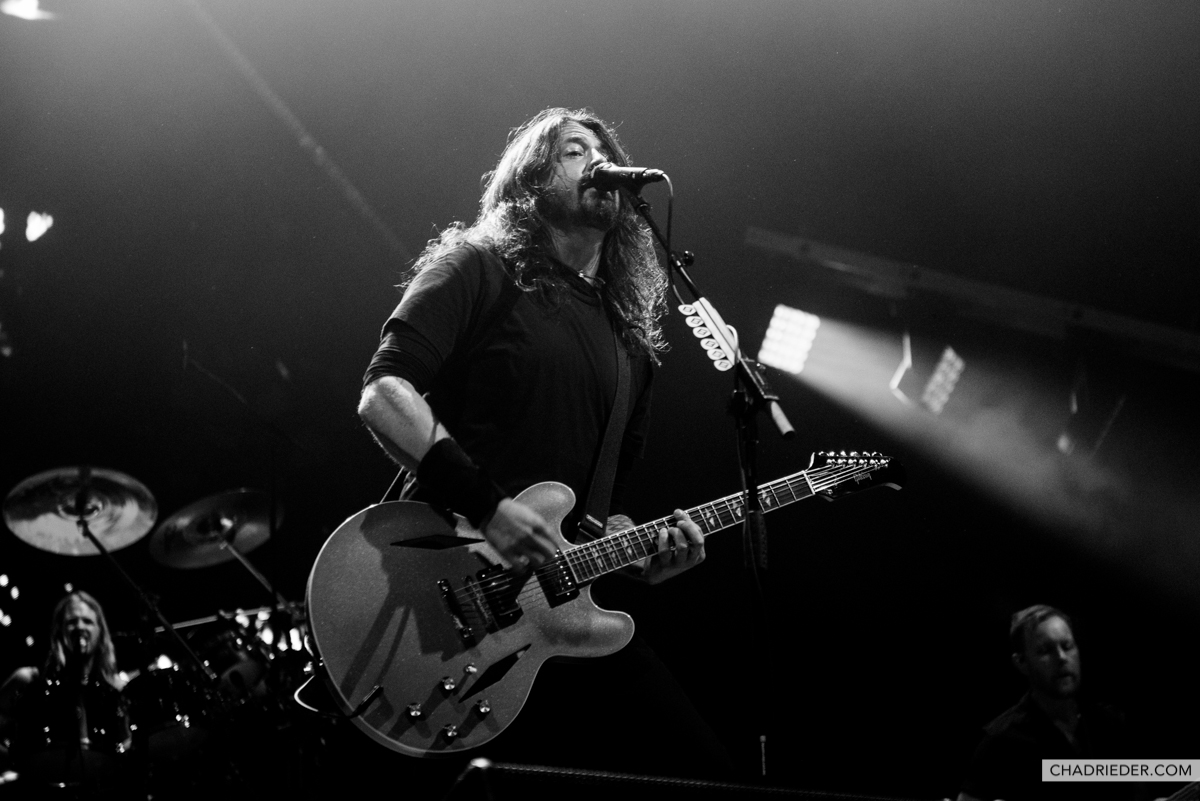 Dave Grohl black white