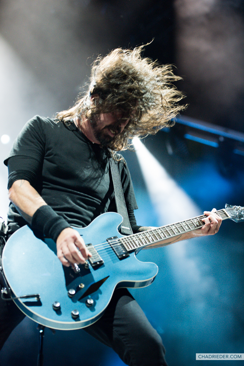 Dave Grohl blue guitar