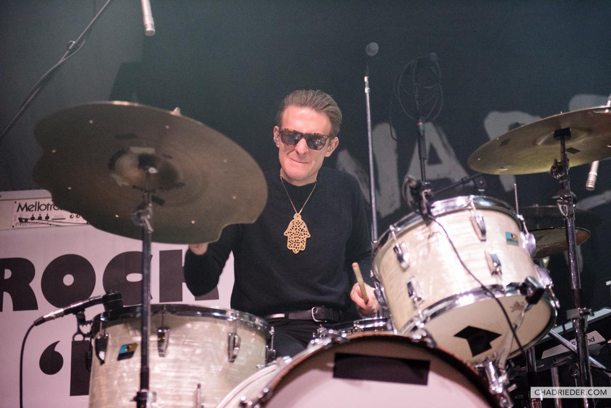 Warbly Jets drummer